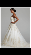 Load image into Gallery viewer, Oleg Cassini 'Strapless Tulle Ballgown' - Oleg Cassini - Nearly Newlywed Bridal Boutique - 3