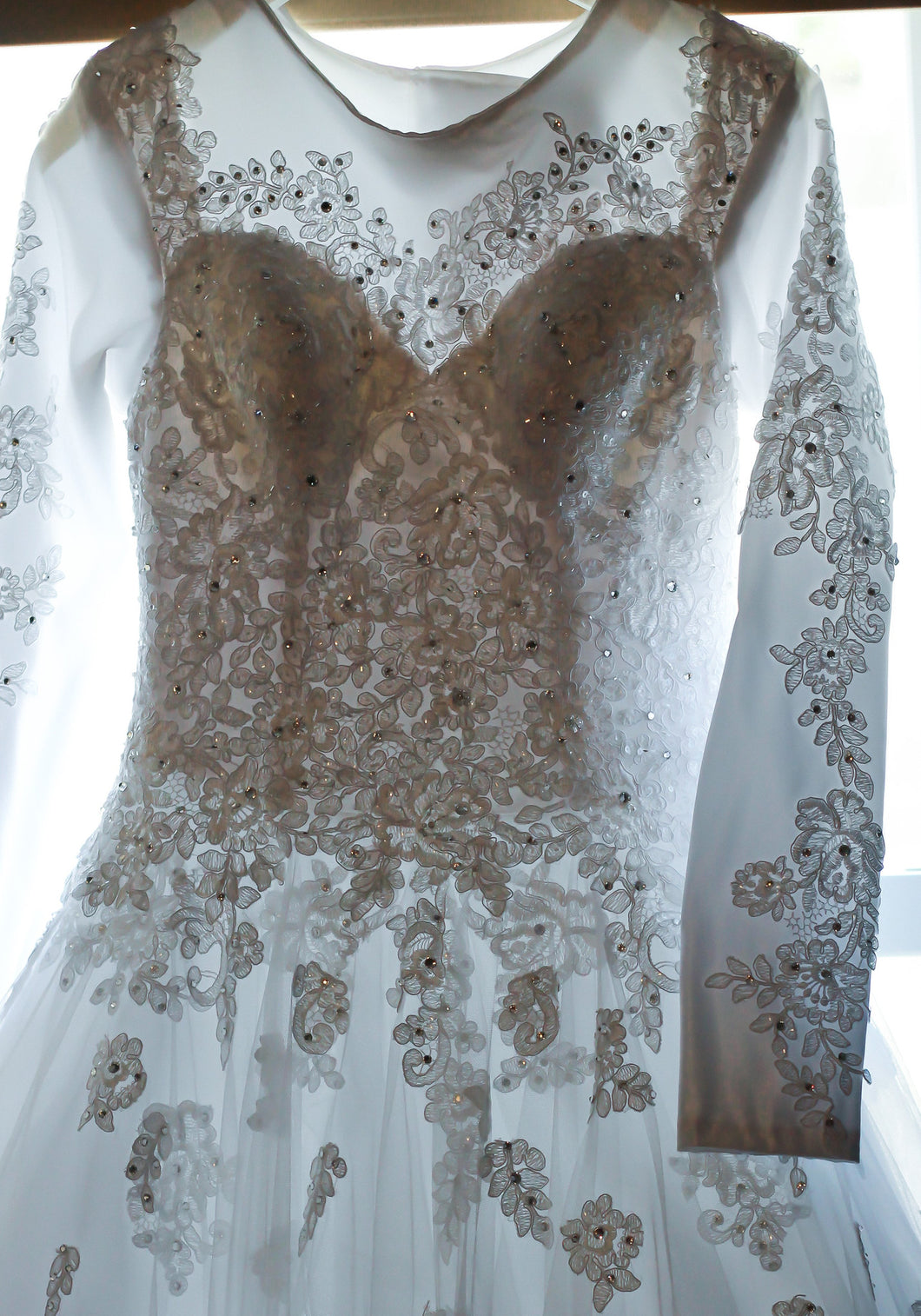 Essence of Australia 'D1919' - Essense of Australia - Nearly Newlywed Bridal Boutique - 1