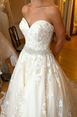 La Reve 'Elegant Lace Dress' - La reve - Nearly Newlywed Bridal Boutique - 2