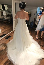 Load image into Gallery viewer, Anjolique Bridal '46319' size 6 used wedding dress back view on bride