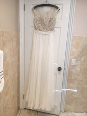 Reem Acra 'Juliet' size 6 new wedding dress front view on hanger