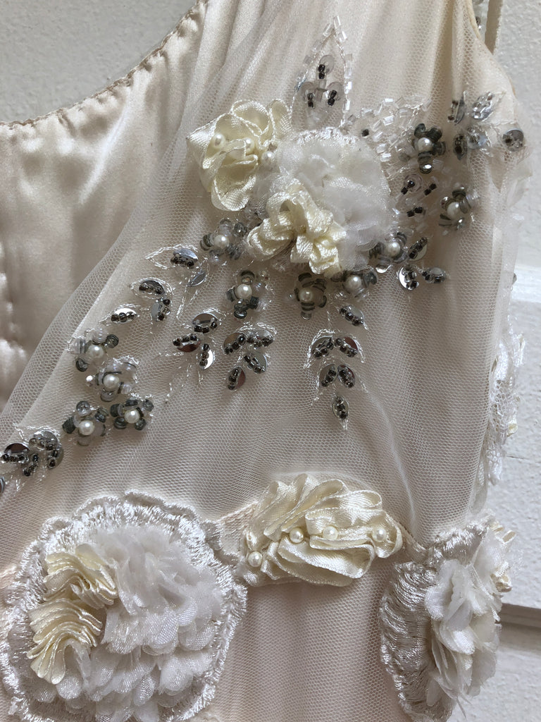 Claire Pettibone 'Crescent' size 6 used wedding dress view of trim