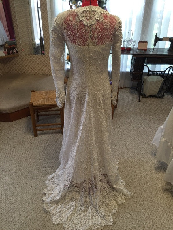 Badgley Mischka 'Elegant Lace' - Badgley Mischka - Nearly Newlywed Bridal Boutique - 1
