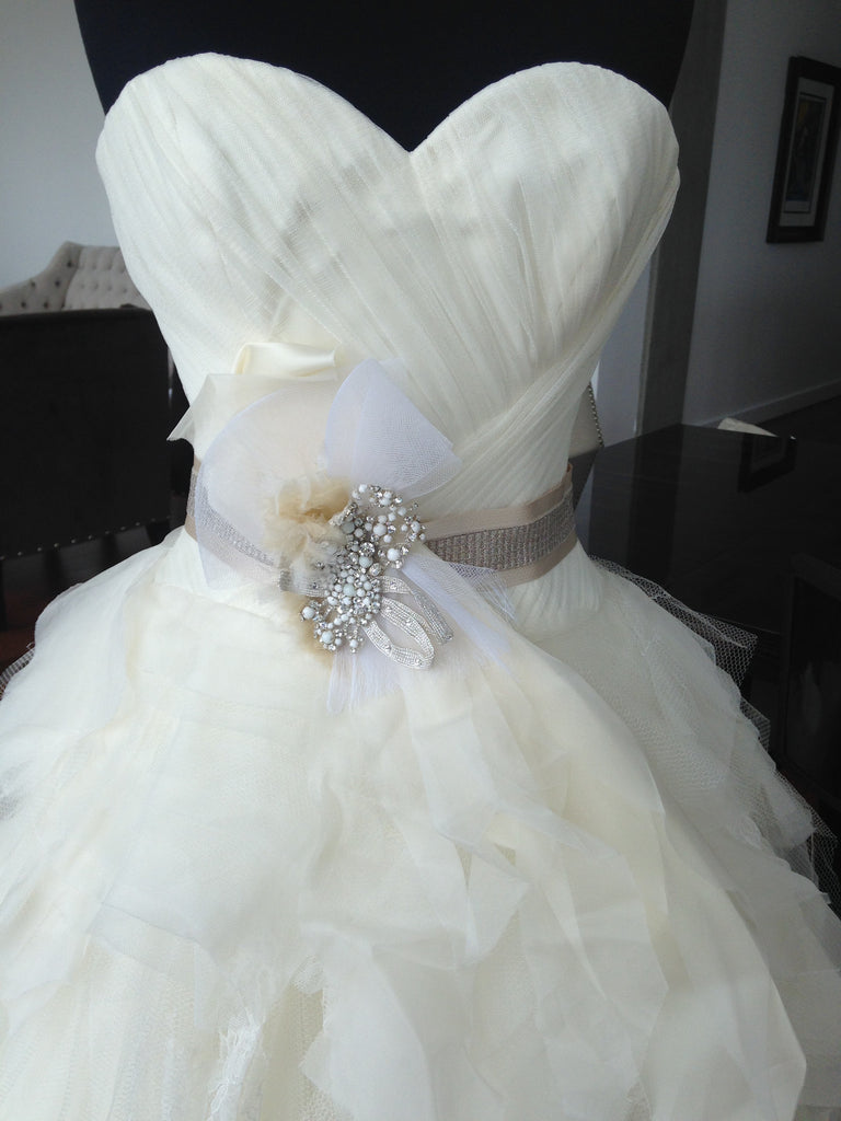 Vera Wang 'Sweetheart' - Vera Wang - Nearly Newlywed Bridal Boutique - 5