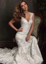 Load image into Gallery viewer, Maggie Sottero '9104' - Maggie Sottero - Nearly Newlywed Bridal Boutique - 5