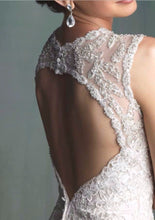 Load image into Gallery viewer, Maggie Sottero '9104' - Maggie Sottero - Nearly Newlywed Bridal Boutique - 7