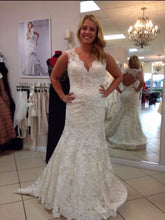 Load image into Gallery viewer, Maggie Sottero '9104' - Maggie Sottero - Nearly Newlywed Bridal Boutique - 10
