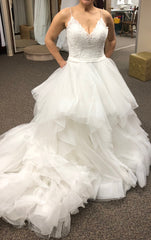 Allure Bridals '9450' size 10 new wedding dress front view on bride