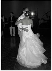 Vera Wang '12147' size 8 used wedding dress back view on bride