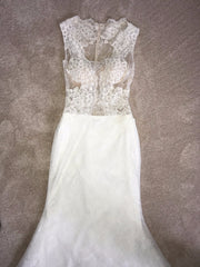 Simone Carvalli '90247' size 2 new wedding dress front view of dress flat