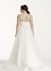 David's Bridal 'Tulle Lace' size 18 new wedding dress back view on model