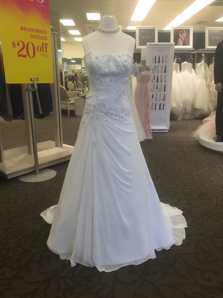 David's Bridal 'White Soft Rich' - dAVIDS bRIDAL - Nearly Newlywed Bridal Boutique - 1