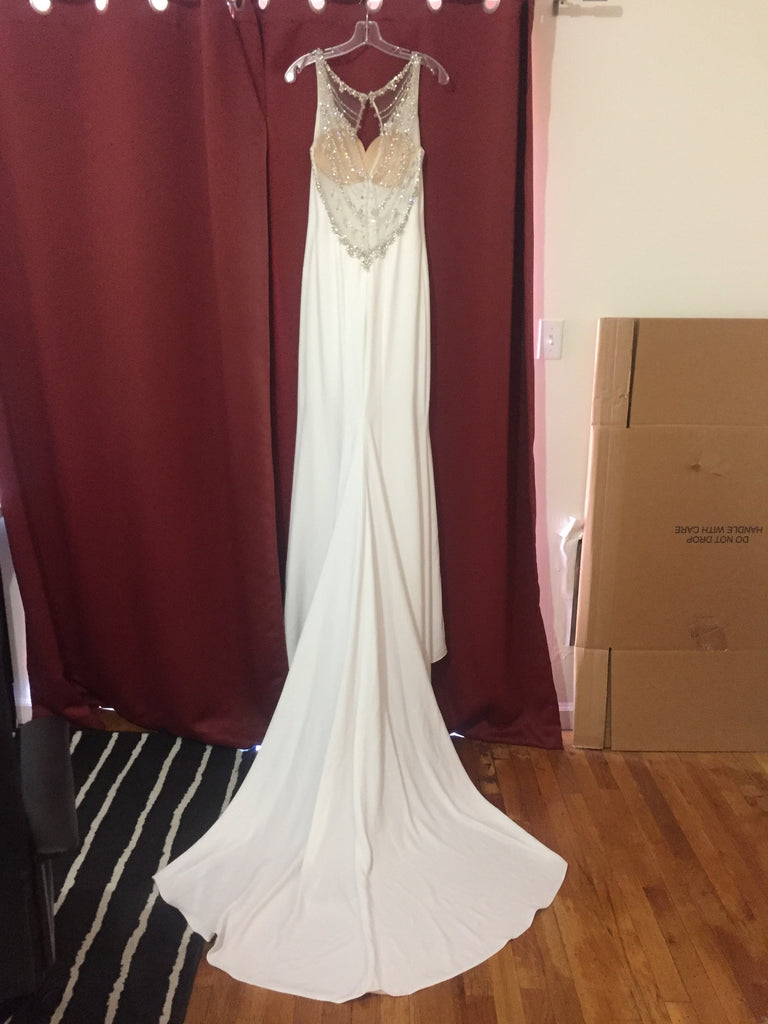 Enzoani 'Lacy' size 8 new wedding dress back view on hanger