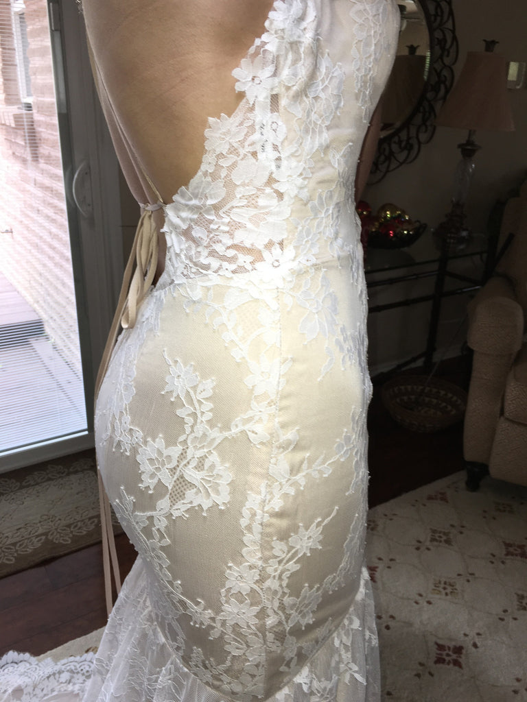 Alvina Valenta 'Ti Adora' - Alvina Valenta - Nearly Newlywed Bridal Boutique - 4