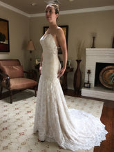 Load image into Gallery viewer, Alvina Valenta 'Ti Adora' - Alvina Valenta - Nearly Newlywed Bridal Boutique - 5