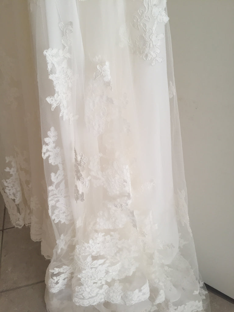 Enzoani 'Fiji-D' size 6 new wedding dress view of train