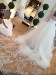 Vera Wang 'Octavia' - Vera Wang - Nearly Newlywed Bridal Boutique - 4