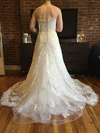 Load image into Gallery viewer, Monique Lhuillier 'Promise' - Monique Lhuillier - Nearly Newlywed Bridal Boutique - 5