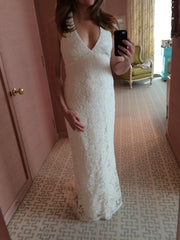 Monique Lhuillier 'V Neck Halter' - Monique Lhuillier - Nearly Newlywed Bridal Boutique - 3