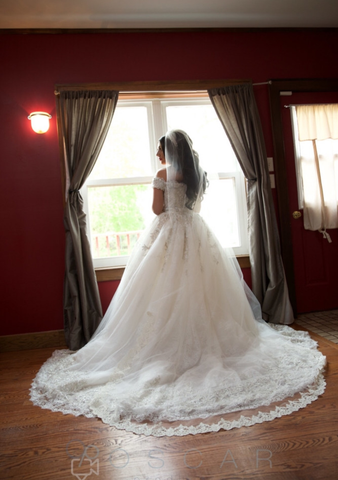 Sweetheart Neckline Princess Wedding Dress in Lace