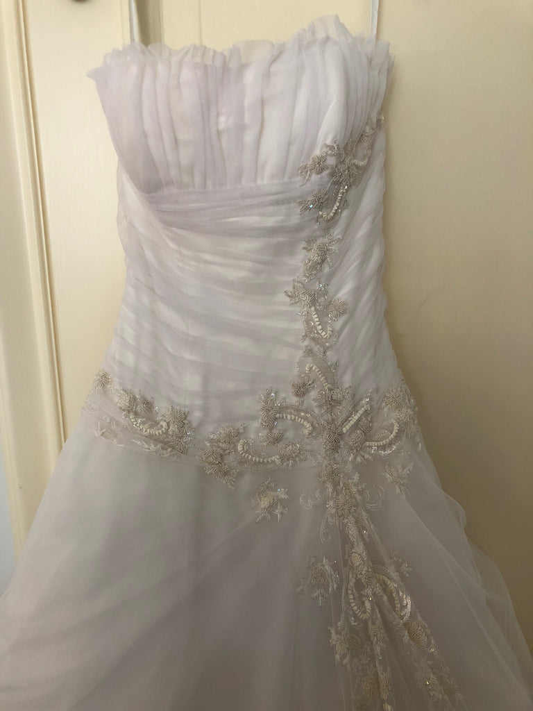 Ines Di Santo 'Embroidered Tulle' size 2 used wedding dress front view close up
