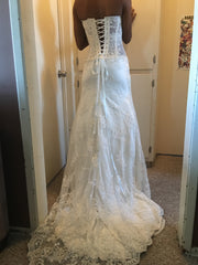 Pnina Tornai '5165' size 4 used wedding dress back view on bride