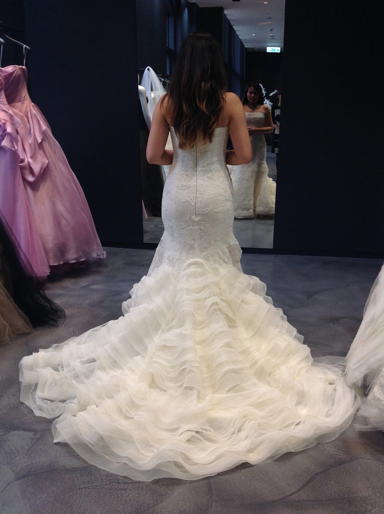 Vera Wang 'Leda' - Vera Wang - Nearly Newlywed Bridal Boutique - 5