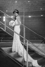 Load image into Gallery viewer, Pronovias 'Dietrich' - Pronovias - Nearly Newlywed Bridal Boutique - 4