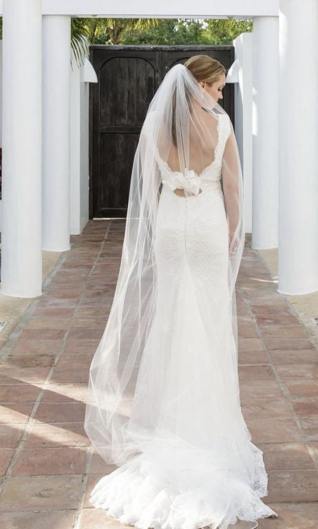 Inbal Dror '14-06' size 2 used wedding dress back view on bride