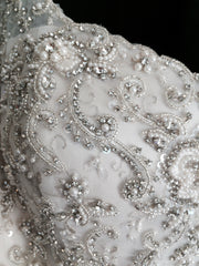 Justin Alexander 'Elida' size 4 new wedding dress front view close up of beading