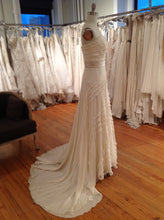 Load image into Gallery viewer, Jenny Packham 'Hyacinth' - Jenny Packham - Nearly Newlywed Bridal Boutique - 4