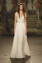 Load image into Gallery viewer, Jenny Packham 'RoseMarie' - Jenny Packham - Nearly Newlywed Bridal Boutique - 1