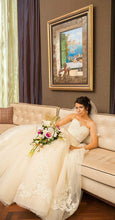 Load image into Gallery viewer, Lazaro '3251' - Lazaro - Nearly Newlywed Bridal Boutique - 4