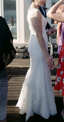 Pronovias 'Drusila' size 10 used wedding dress side view on bride