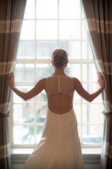 Amsale 'Keaton' size 4 used wedding dress back view on bride