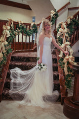 Melissa Sweet 'Sweetheart' size 8 used wedding dress front view on bride