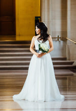 Load image into Gallery viewer, Helen Miller 'Comet' size 4 used wedding dress front view on bride