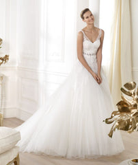 Pronovias 'Lauris' - Pronovias - Nearly Newlywed Bridal Boutique - 1