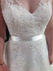Pronovias 'Lauris' - Pronovias - Nearly Newlywed Bridal Boutique - 8