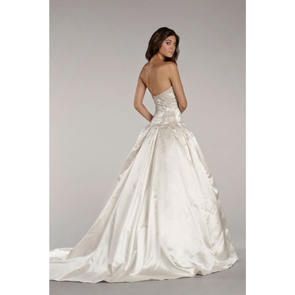 Lazaro 'Lovelle' - Lazaro - Nearly Newlywed Bridal Boutique - 4