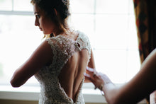 Load image into Gallery viewer, Allure Bridals '9104' - Allure Bridals - Nearly Newlywed Bridal Boutique - 3