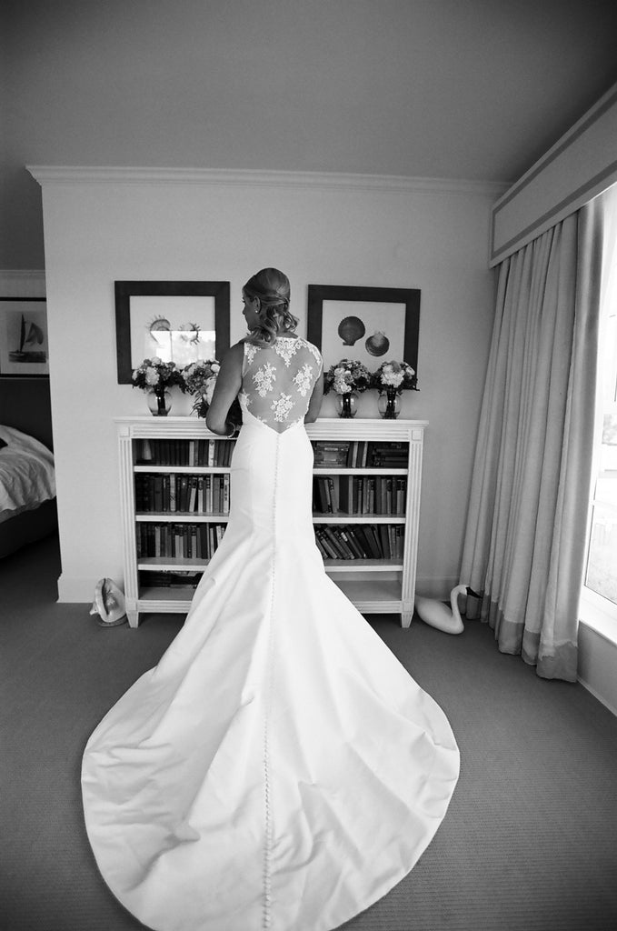 Carolina Herrera 'Juliet' - Carolina Herrera - Nearly Newlywed Bridal Boutique - 5