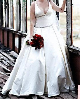 Romona Keveza 'Elizabeth' - Romona Keveza - Nearly Newlywed Bridal Boutique - 3