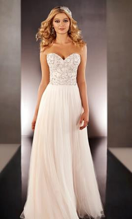 Martina Liana '646' size 10 sample wedding dress front view on model