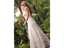 Load image into Gallery viewer, Monique Lhuillier 'Ali' - Monique Lhuillier - Nearly Newlywed Bridal Boutique - 2