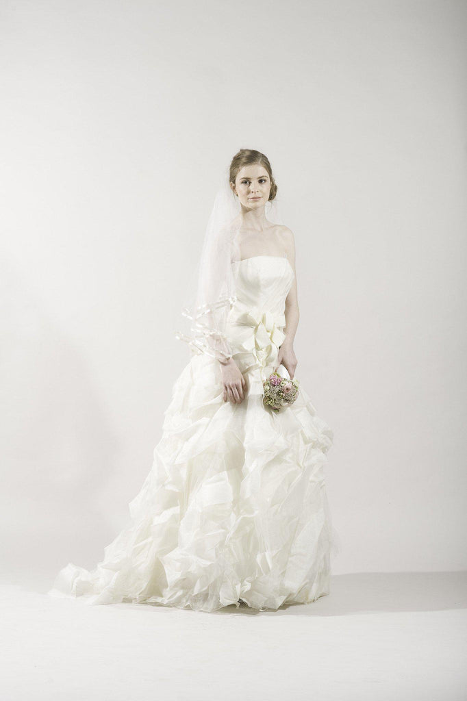 Vera Wang 'Deidre' Ivory Strapless Tulle Gown - Vera Wang - Nearly Newlywed Bridal Boutique - 2