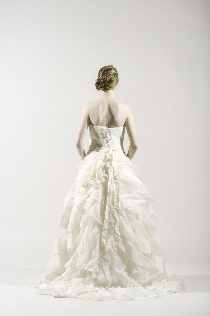 Vera Wang 'Deidre' Ivory Strapless Tulle Gown - Vera Wang - Nearly Newlywed Bridal Boutique - 3