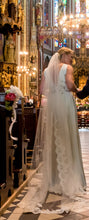 Load image into Gallery viewer, Jenny Packham 'RoseMarie' - Jenny Packham - Nearly Newlywed Bridal Boutique - 3
