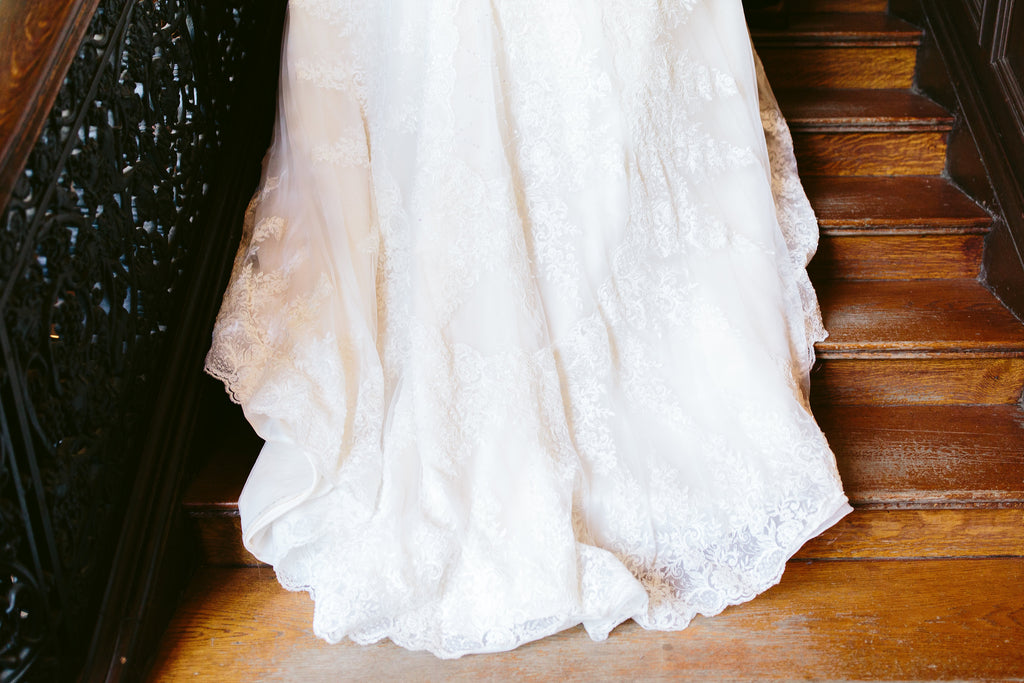 Mandy 'Princess' size 0 used wedding dress view of train