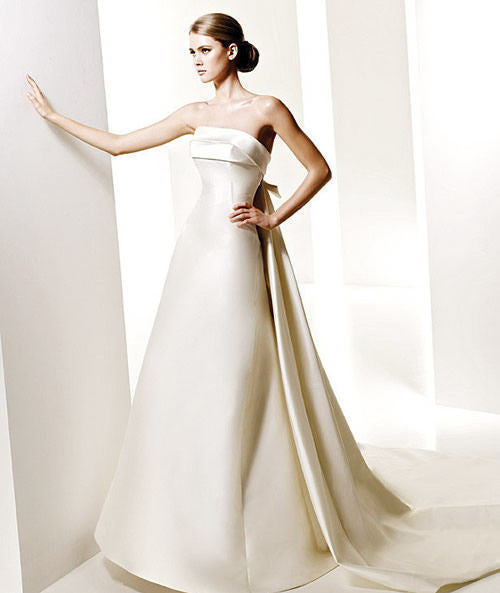 Pronovias 'Onil' - Pronovias - Nearly Newlywed Bridal Boutique - 1